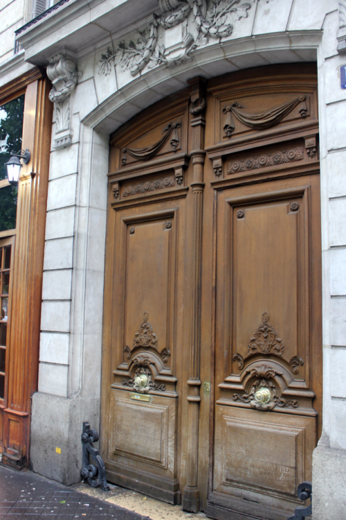 Ornate door way in Paris