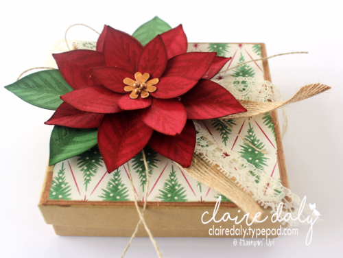 Stampin Up Poinsettia bo using Festive Flower Punch. By Claire Daly Stampin Up Demonstrator Melbourne Australia for Art with Heart Team Bog Hop