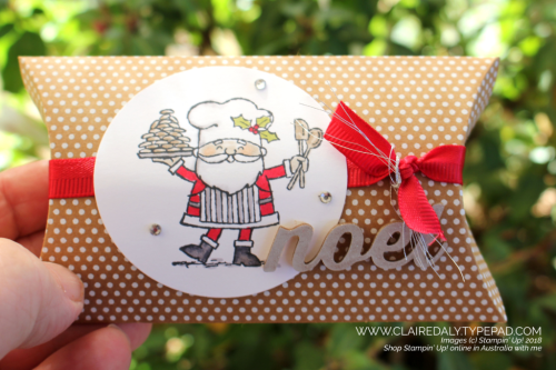 Stampin Up kraft pillow box. Decorated with 2018 Holiday Catalogue products, So Santa stamp set, festive farmhouse elements. Claire Daly, Stampin Up Demonstrator Melbourne Australia