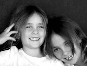 Small_sisters_bw
